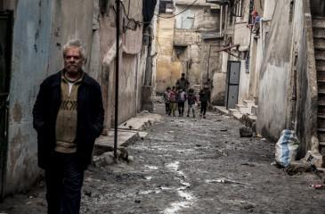 시리아: 전쟁의 폐허 속 계속되는 삶