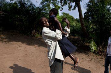 가족 찾기 활동: 집으로 가는 길