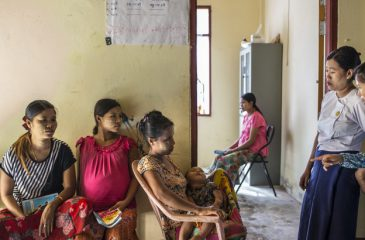 라카인 주: 모두를 위한 진료소