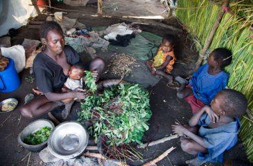 south-sudan-food-internally-displaced-persons-deim-zubeir-02
