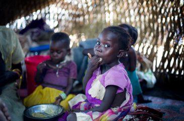 south-sudan-food-internally-displaced-persons-deim-zubeir-11