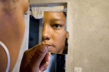 무력충돌 상황에서의 성폭력: 코로나19로 비롯되는  위기를 예방할 수 있을까요?